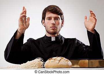 Junger Priester.