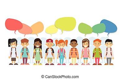 Kinder glücklichen Lächeln Gruppen bunten Chatbox.