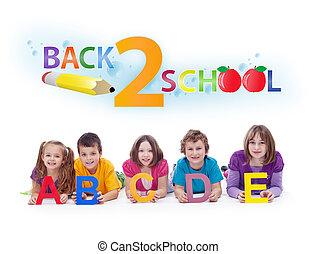 Kinder mit Buchstaben - zurück zum Schulkonzept