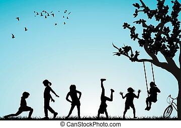 Kinder spielen in einem Park.
