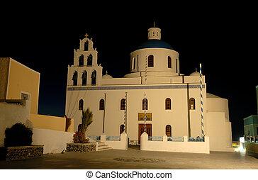 Kirche in Oia, Insel Santorini, Greece.