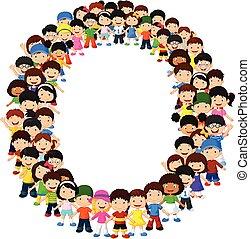 Kleine Kinder bilden Alphabet O.
