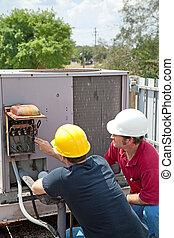 Klimaanlagenreparatur - Teamwork