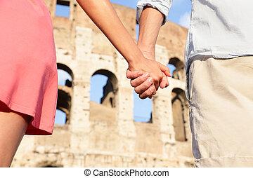 Kolosseum, Rom, Italien - romantisches Paar
