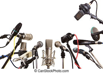Konferenz-Mikrofone vorbereitet.