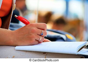 Konferenz-Notizen und Schreiben