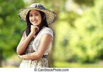 lächeln, draußen, asiatisch, junge frau