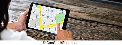 landkarte, gebrauchend, digital, gps, tablette