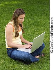Laptop-Frau