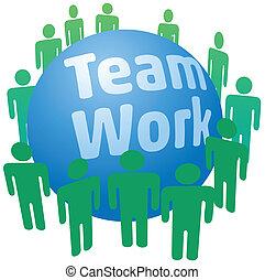 Leute arbeiten im Team