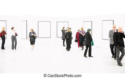 Leute im Showroom