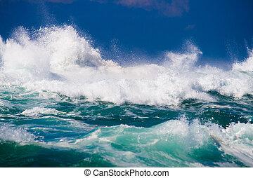 Mächtige Meereswelle