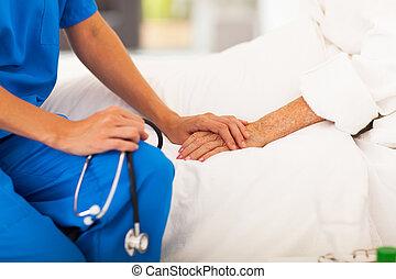 Medizinischer Senior Patient
