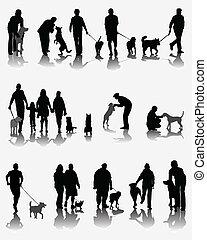 Menschen und Hunde.