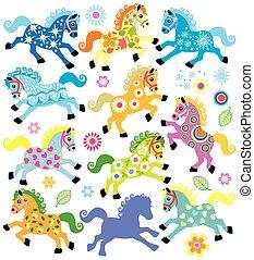 Mit dekorativen Pferden.