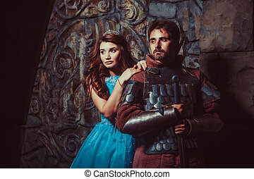 Mittelalterlicher Ritter mit seiner geliebten Dame.