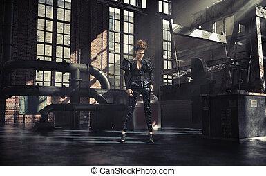 Modefoto von Frau in Fabrik.