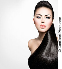 Model-Mädchen mit langen, gesunden, geraden Haaren.