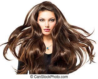 Model-Mädchen Portrait mit langen Haaren.