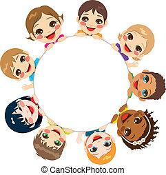 Multiethnische Kindergruppe