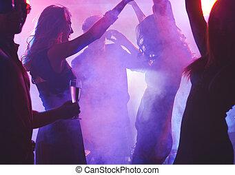 nacht, tanzen