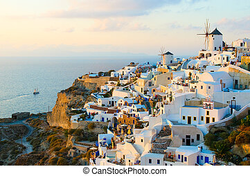 Oia Dorf in Santorini Insel, Greece.