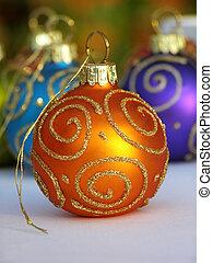 Orange Weihnachtsbaum.