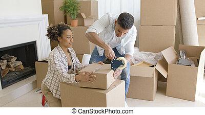 paar, bewegung, kästen, junger, verpackung, daheim