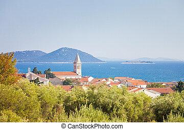 Pakostane, zadar, croatia - steil von pakostane an der Küste von zadar.