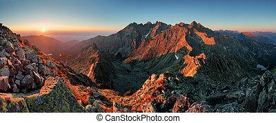 Panorama Berg Herbst Landschaft.