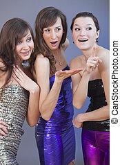 Partygirls flirten