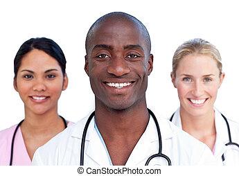 Portrait des charismatischen medizinischen Teams