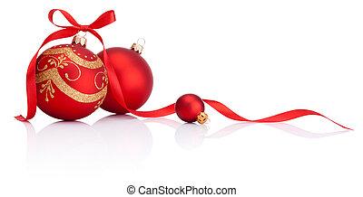 Rote Weihnachtsdekorationsbälle mit Schleifen, isoliert im weißen Hintergrund