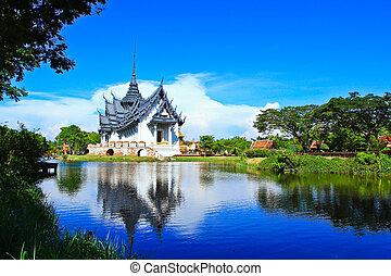 Sanphet prasat palast bangkok, thailand