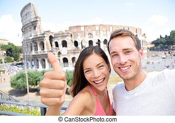 Selfie - romantisches Reisepaar mit Coliseum, Rom