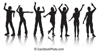 Silhouetten von jungen Leuten, die tanzen.