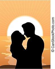 Silhouetten von liebevollen Paaren bei der Sonne.