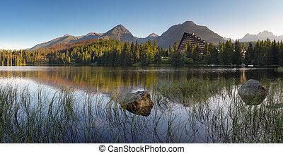 Slowakei Bergsee in Tatra - strbske pleso.