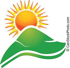 Sonne mit Swoosh-Strahlen und Hügel-Logo.