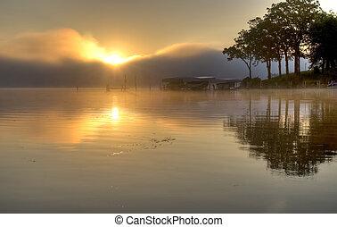 Sonnenaufgang über dem See Okoboji