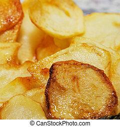 Spanische Patatas fritas, Pommes