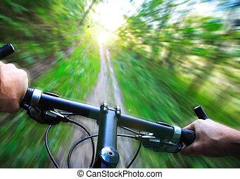Speed auf Mountainbike