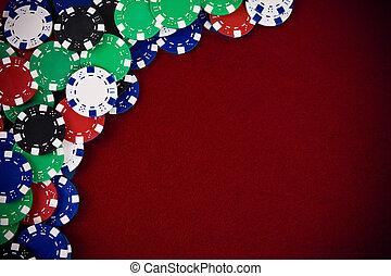 Spielchips im lila Hintergrund