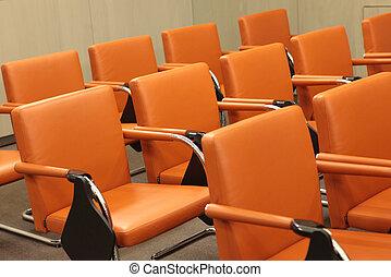 Stühle.