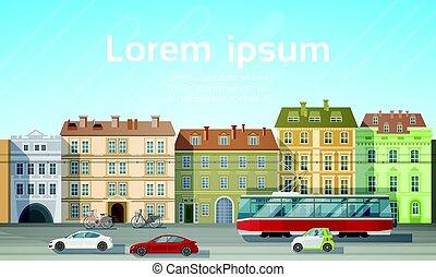 Stadtgebäude mit Blick auf die Autostraße Straßenbahn-Verkehr Hintergrund Skyline Kopie Platz.