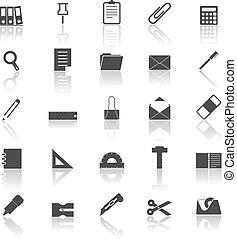 Stationäre Icons mit Reflektionen über den weißen Hintergrund.