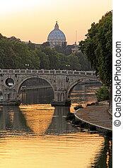 Sunset auf dem Tiber und Heiliger Peter, Rom.