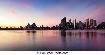 Sydney City Skyline bei Sonnenaufgang.