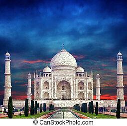 Taj mahal india. Indianerpalast