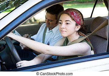 Teen Driver auf der Straße